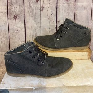 BearPaw frayed denim desert chukka ankle boots 10